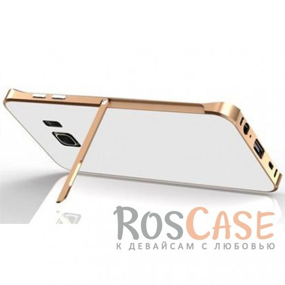 Металлический бампер с подставкой Luphie с акриловой вставкой для Samsung G935F Galaxy S7 Edge (Золотой / Белый)Описание:бренд -&amp;nbsp;Luphie;материал - алюминий, акрил;совместим с Samsung G935F Galaxy S7 Edge;тип - бампер со вставкой.Особенности:акриловая вставка;прочный алюминиевый бампер;в наличии все вырезы;ультратонкий дизайн;функция подставки;ударопрочный и огнеупорный.<br><br>Тип: Чехол<br>Бренд: Luphie<br>Материал: Металл