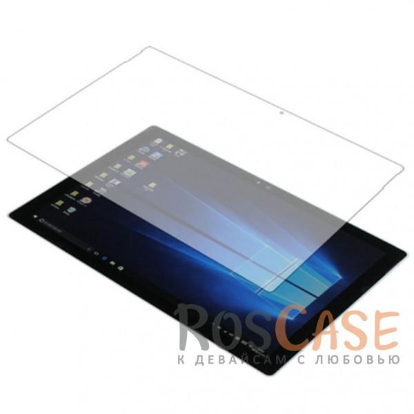 Тонкое олеофобное защитное стекло Mocolo с закруленными краями из гибкого силикона для Microsoft Surface Pro 3 12 (Прозрачное)Описание:производитель - Mocolo;разработано для Microsoft Surface Pro 3 12;защита экрана от ударов и царапин;олеофобное покрытие анти-отпечатки;ультратонкое;цветная рамка;высокая прочность 9H;не разлетается на кусочки при разбивании;закругленные срезы 3D;мягкие края;устанавливается за счет силиконового слоя.<br><br>Тип: Защитное стекло<br>Бренд: Mocolo