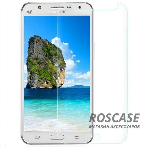 Защитное стекло Ultra Tempered Glass 0.33mm (H+) для Samsung J500H Galaxy J5 (карт. уп-вка)Описание:совместимо с устройством Samsung J500H Galaxy J5;материал: закаленное стекло;тип: защитное стекло на экран.&amp;nbsp;Особенности:закругленные&amp;nbsp;грани стекла обеспечивают лучшую фиксацию на экране;стекло очень тонкое - 0,33 мм;отзыв сенсорных кнопок сохраняется;стекло не искажает картинку, так как абсолютно прозрачное;выдерживает удары и защищает от царапин;размеры и вырезы стекла соответствуют особенностям дисплея.<br><br>Тип: Защитное стекло<br>Бренд: Epik