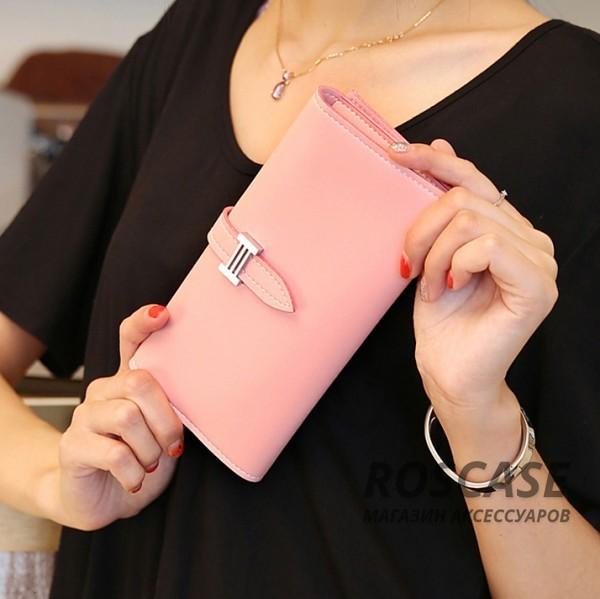 Стильный кожаный женский клатч Fashion с застежкой-ремешком (2 отделения) (Розовый)Описание:тип - клатч;для хранения денег, карточек, телефона;материал - искусственная кожа.&amp;nbsp;Особенности:отделение для денег и телефона;отделение на молнии&amp;nbsp;для монет;отделения для визиток и карточек;гладкая поверхность;застежка-ремешок;компактные размеры: 18,5*8,8*3 см.<br><br>Тип: Чехол<br>Бренд: Epik<br>Материал: Искусственная кожа