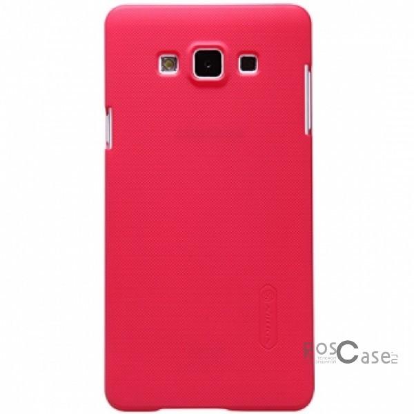 Чехол Nillkin Matte для Samsung A700H / A700F Galaxy A7 (+ пленка)  (Красный)Описание:Чехол изготовлен компанией&amp;nbsp;Nillkin;Спроектирован для Samsung A700H / A700F Galaxy A7;Материал  -  пластик;Форма  -  накладка.Особенности:Полностью защищен от появления потертостей;В комплект входит глянцевая пленка;Имеет ребристое матовое покрытие и антикислотное напыление;Тонкий дизайн.<br><br>Тип: Чехол<br>Бренд: Nillkin<br>Материал: Поликарбонат