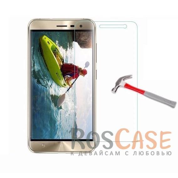 Защитное стекло Ultra Tempered Glass 0.33mm (H+) для Asus Zenfone 3 (ZE552KL) (в упаковке)Описание:совместимо с устройством Asus Zenfone 3 (ZE552KL);материал: закаленное стекло;тип: защитное стекло на экран.&amp;nbsp;Особенности:закругленные&amp;nbsp;грани стекла обеспечивают лучшую фиксацию на экране;стекло очень тонкое - 0,33 мм;отзыв сенсорных кнопок сохраняется;стекло не искажает картинку, так как абсолютно прозрачное;выдерживает удары и защищает от царапин;размеры и вырезы стекла соответствуют особенностям дисплея.<br><br>Тип: Защитное стекло<br>Бренд: Epik