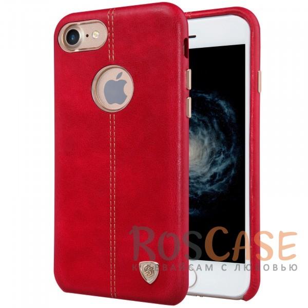 Кожаная накладка Nillkin Englon Series для Apple iPhone 7 (4.7) (Красный)Описание:произведено брендом&amp;nbsp;Nillkin;совместимость - Apple iPhone 7 (4.7);материал: натуральная кожа, микрофибра;тип: накладка.&amp;nbsp;Особенности:ультратонкий дизайн;фактурная поверхность;декоративная строчка;не скользит в руках;защищает заднюю панель и боковые грани.<br><br>Тип: Чехол<br>Бренд: Nillkin<br>Материал: Натуральная кожа
