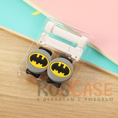 Цветной протектор от залома и перегиба кабеля с оригинальным дизайном (Batman)Описание:протектор для защиты кабеля от заломов;оригинальный дизайн;аксессуар очень компактный;размер - 1*3,5 см;помогает увеличить срок службы кабеля.<br><br>Тип: Общие аксессуары<br>Бренд: Epik