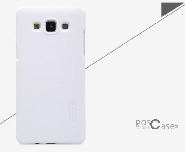 Чехол Nillkin Matte для Samsung A500H / A500F Galaxy A5 (+ пленка)  (Белый)Описание:Чехол изготовлен компанией&amp;nbsp;Nillkin;Спроектирован для Samsung A500H / A500F Galaxy A5;Материал  -  пластик;Форма  -  накладка.Особенности:Полностью защищен от появления потертостей;В комплект входит глянцевая пленка;Имеет ребристое матовое покрытие и антикислотное напыление;Тонкий дизайн.<br><br>Тип: Чехол<br>Бренд: Nillkin<br>Материал: Поликарбонат