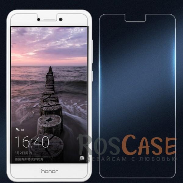 Ультратонкое антибликовое защитное стекло с олеофобным покрытием анти-отпечатки для Huawei P8 Lite (2017)Описание:компания&amp;nbsp;Nillkin;подходит для Huawei P8 Lite (2017);материал: закаленное стекло;защита экрана от царапин и ударов;свойство анти-отпечатки;свойство анти-блик;ультратонкое - 0,2 мм;закругленные края 2,5D;размеры стекла -&amp;nbsp;137*64,5 мм.<br><br>Тип: Защитное стекло<br>Бренд: Nillkin