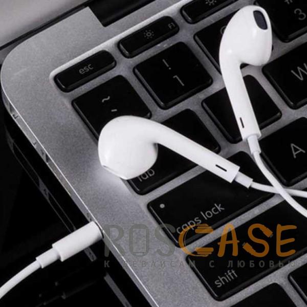 Фото Белый HOCO M1 | Стерео наушники с микрофоном и кнопками управления громкостью