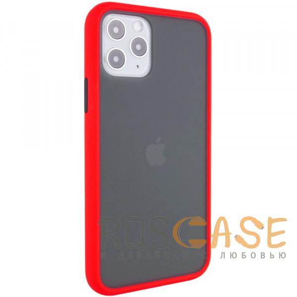 Фотография Красный Противоударный матовый полупрозрачный чехол для iPhone 12 / 12 Pro