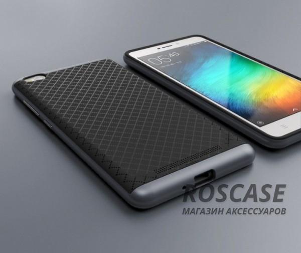 Чехол iPaky TPU+PC для Xiaomi Redmi 3 (Черный / Серый)Описание:производитель - iPaky;совместим с Xiaomi Redmi 3;материал: термополиуретан, поликарбонат;форма: накладка на заднюю панель.Особенности:эластичный;рельефная поверхность;прочная окантовка;ультратонкий;надежная фиксация.<br><br>Тип: Чехол<br>Бренд: Epik<br>Материал: TPU