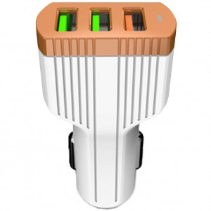 LDNIO C702Q | Автомобильное зарядное устройство с тремя USB-разъемами и функцией быстрой зарядки QC3.0 (+ кабель Lightning в комплекте) для Huawei P30 Pro