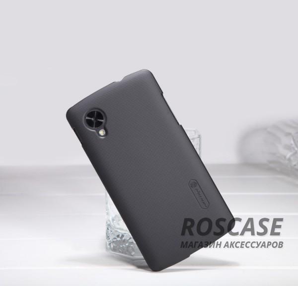 Чехол Nillkin Matte для LG D820 Nexus 5 (+ пленка) (Черный)Описание:компания производитель: Nillkin;совместим с LG D820 Nexus 5;используемые материалы: поликарбонат;форма чехла: накладка.&amp;nbsp;Особенности:текстурированная поверхность;плотное прилегание;предусмотрен полный набор функциональных вырезов;прочный материал;бонусная пленка для экрана;надежная фиксация.<br><br>Тип: Чехол<br>Бренд: Nillkin<br>Материал: Поликарбонат