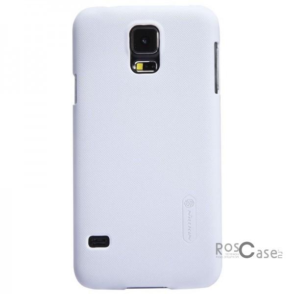 Чехол Nillkin Matte для Samsung G900 Galaxy S5 (+ пленка) (Белый)Описание:Изготовлен компанией Nillkin;Спроектирован персонально для Samsung G900 Galaxy S5;Материал: высококачественный пластик;Форма: накладка.Особенности:Исключается появление царапин и возникновение потертостей;Восхитительная амортизация при любом ударе;Гладкая матовая поверхность;Элегантный, изящный дизайн;Не подвержен деформации;Непритязателен в уходе.<br><br>Тип: Чехол<br>Бренд: Nillkin<br>Материал: Поликарбонат