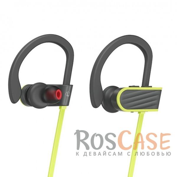 Беспроводные наушники с микрофоном и специальным креплением (Серый)Описание:беспроводное соединение;специальное крепление на ухо;длина провода - 55 см;кнопки регулировки громкости;кнопка ответа на вызов;микрофон.<br><br>Тип: Наушники/Гарнитуры<br>Бренд: Epik