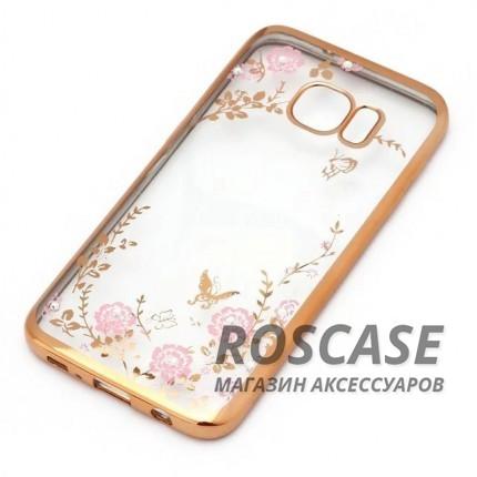 Прозрачный чехол с цветами и стразами для Samsung G935F Galaxy S7 Edge с глянцевым бампером (Золотой/Розовые цветы)Описание:совместим с Samsung G935F Galaxy S7 Edge;материал - термополиуретан;тип - накладка.&amp;nbsp;Особенности:прозрачный;изящный рисунок;украшен стразами;защищает от царапин и ударов;не скользит в руках.<br><br>Тип: Чехол<br>Бренд: Epik<br>Материал: TPU