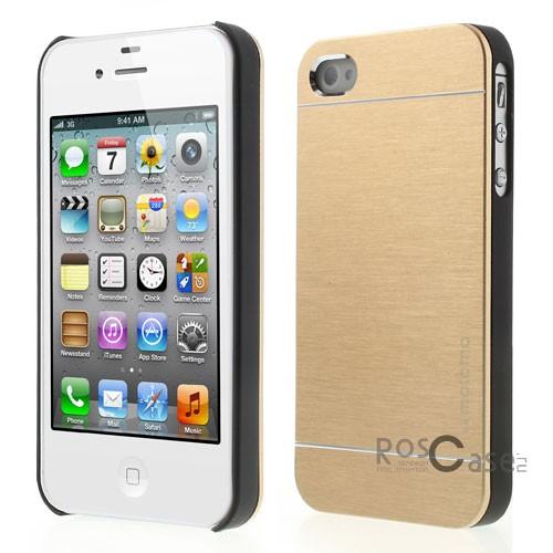 Накладка MOTOMO с алюминиевой вставкой для Apple iPhone 4/4S (Золотой)Описание:компания-производитель: MOTOMO;совместим с Apple iPhone 4/4S;используемые материалы: поликарбонат, алюминий;форма: накладка.&amp;nbsp;Особенности:ультратонкое исполнение;полный набор функциональных вырезов;высокий уровень защиты;алюминиевая декоративная вставка;плотное прилегание;надежная фиксация.<br><br>Тип: Чехол<br>Бренд: Epik<br>Материал: Металл