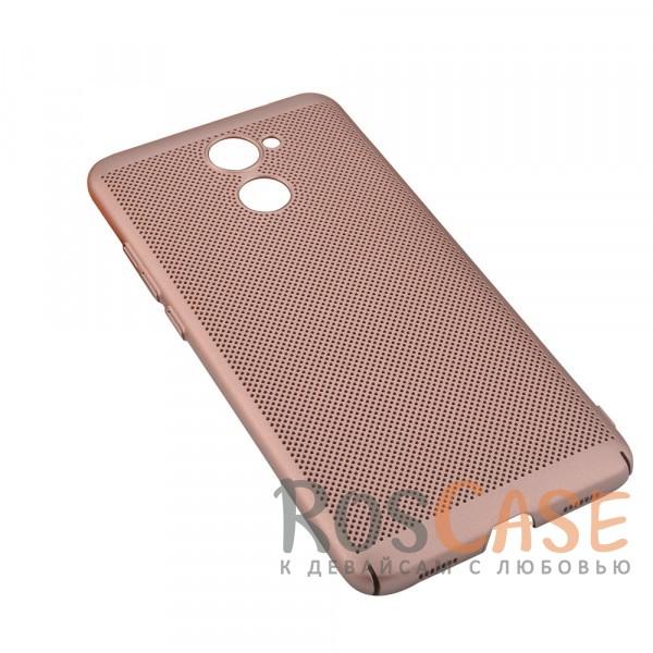 Пластиковый перфорированный чехол-накладка MOFI Air Series с защитой от перегрева для Huawei Y7 Prime (Rose Gold)Описание:бренд - Mofi;материал - пластик;совместимость - Huawei Y7 Prime;перфорированная поверхность;защита от перегрева;предусмотрены все функциональные вырезы;не скользит в руках;формат - накладка.<br><br>Тип: Чехол<br>Бренд: Mofi<br>Материал: Пластик