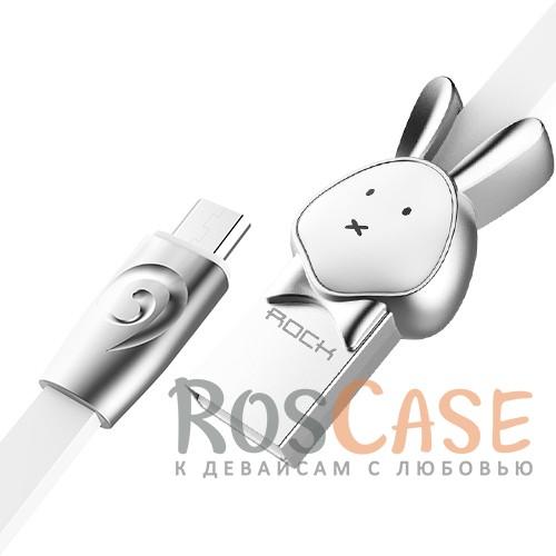Кабель ROCK MicroUSB (Chinese Zodiac) 1m (Rabbit-White)Описание:бренд&amp;nbsp;Rock;материал - TPE (термоэластопласт);совместимость: устройства с разъемом microUSB:оригинальный дизайн;длина&amp;nbsp;кабеля - 1 м;ток - 5V/2.4 A Max;разъемы&amp;nbsp; - &amp;nbsp;microUSB,&amp;nbsp;USB;высокая скорость передачи данных;совмещает три в одном: синхронизация данных, передача данных, зарядка;плоский.<br><br>Тип: USB кабель/адаптер<br>Бренд: ROCK