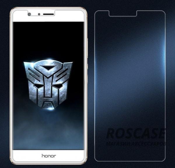 Ультратонкое антибликовое защитное стекло с олеофобным покрытием анти-отпечатки для Huawei Honor V8Описание:бренд:&amp;nbsp;Nillkin;совместимость: Huawei Honor V8;материал: закаленное стекло;форма: стекло на экран.Особенности:полное функциональное обеспечение;антибликовое покрытие;олеофобное покрытие (анти отпечатки);ультратонкое - 0.2 мм;закругленные края;легко устанавливается и чистится.<br><br>Тип: Защитное стекло<br>Бренд: Nillkin