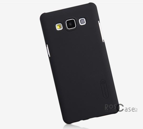 Чехол Nillkin Matte для Samsung A500H / A500F Galaxy A5 (+ пленка)  (Черный)Описание:Чехол изготовлен компанией&amp;nbsp;Nillkin;Спроектирован для Samsung A500H / A500F Galaxy A5;Материал  -  пластик;Форма  -  накладка.Особенности:Полностью защищен от появления потертостей;В комплект входит глянцевая пленка;Имеет ребристое матовое покрытие и антикислотное напыление;Тонкий дизайн.<br><br>Тип: Чехол<br>Бренд: Nillkin<br>Материал: Поликарбонат
