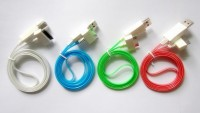 Дата кабель (светящийся) Navsailor (C-L02) для Apple iPhone 4/4S