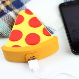 Emoji   Портативное зарядное устройство Power Bank с матовым покрытием 5000mAh (1 USB 1A)