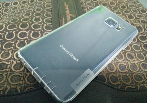 Новые фото Samsung Note 5 вид сзади