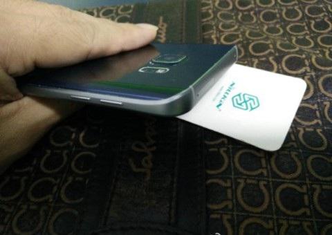 Новые фото Samsung Note 5 вид сбоку